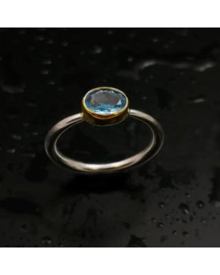 Δ03196 Δαχτυλίδι χειροποίητο, από ασήμι 925 με London Blue Topaz.