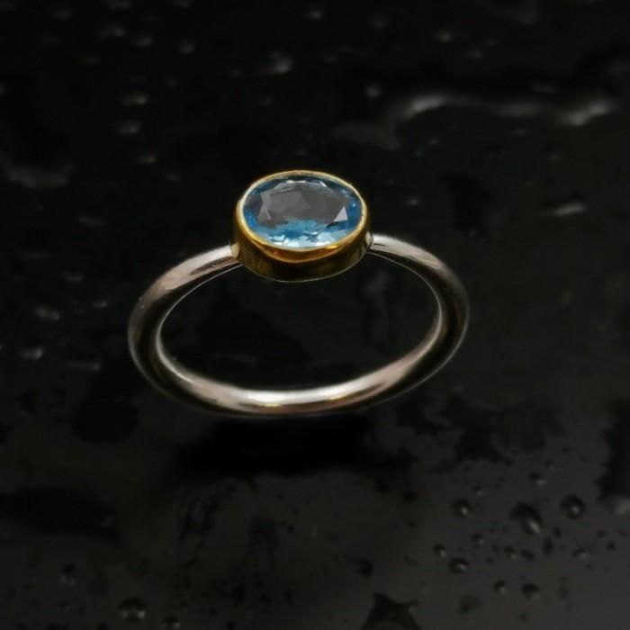 Δ03196 Δαχτυλίδι χειροποίητο, από ασήμι 925 με London Blue Topaz. ΔΑΧΤΥΛΙΔΙΑ ΑΣΗΜΙ 925